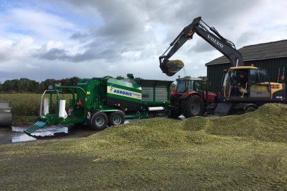 AGRONIC MultiBaler 1220 afgeleverd aan Vleesvee- en Handelsbedrijf Boersma & Pereboom